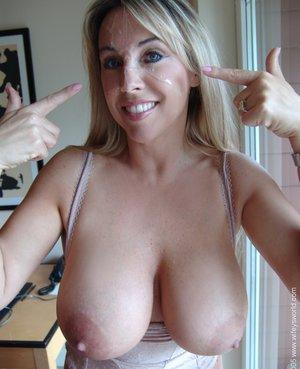 Soccer milf with big tits needs to get off 3