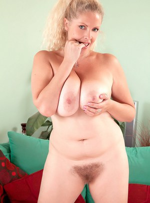 Big tits porn galleries