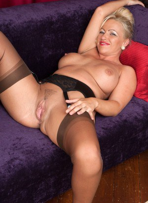 Mature classic presents busty mature