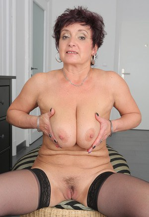 Mature soccer mom with big tits gets fingered 8