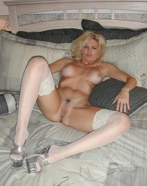Think, Hot tanned old milfs nude