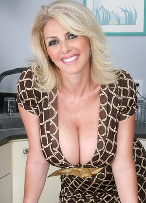 This milf is hot as hell 4