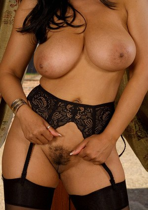 Busty MILF Stockings Porn Pics